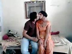 रवि चूसा neighvour लड़की रानी hotcamgirls.in पर पूरा आदमी